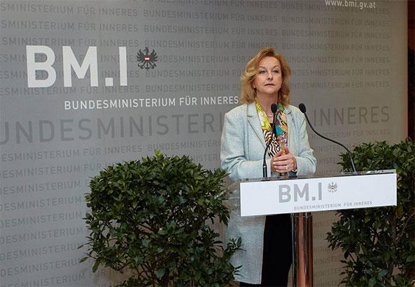 BMI und Integrationsministerin Maria Fekter bei der Eröffnung - ©BM.I, Abteilung I/8-Protokoll & Eventmanagement/Alexander TUMA