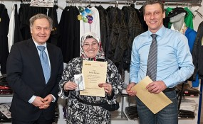 Frau Feride Saymaz, die beste Taxifahrerin Wiens - ©40100