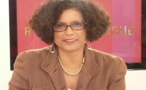 Frau Dr. Juliette Sméralda - @privat