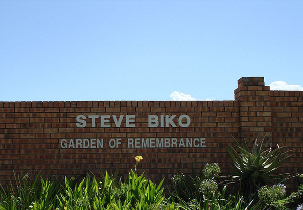 Steve Biko Remembrance (c) elle indsay (flickr)