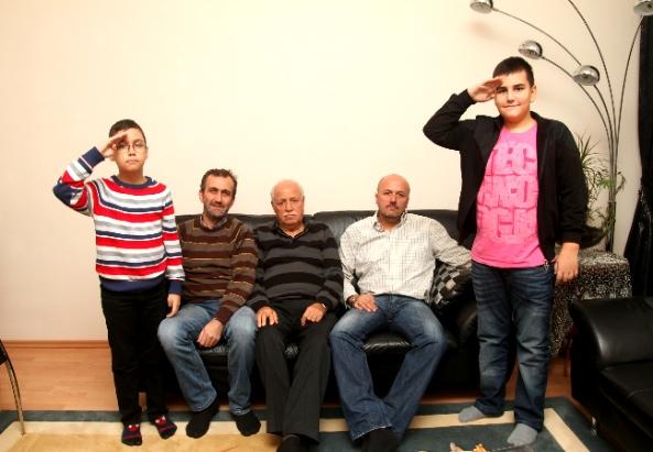 Türkische Familie will Militärdienst für Kids in der Türkei - ©Milagros Martinez-Flener