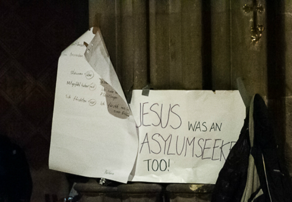 """Jesus was an asylum seeker too"" In der Votivkirche (c) M. Flener"