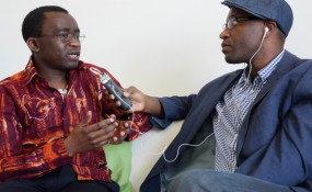 From Right to Left: Samuel Loe interviewed in Vienna by simon INOU -  ©Serge Taffou Dehappi, 2013