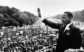 Martin Luther King (c) http://cdn1.russellmoore.com/2013/01/martin-luther-king-jr.jpg
