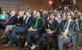 Die Eröffnung der Medien.Messe.Migration & Diversität 2013 - (v.l.n.r.): BM Rudolf Hundstorfer, Brigitte Jank, Sebastian kurz, Alev Korun, Nurten Yilmaz und Gerhard Hirczi